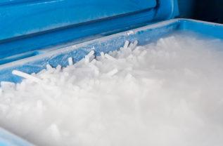 Как правильно хранить сухой лёд