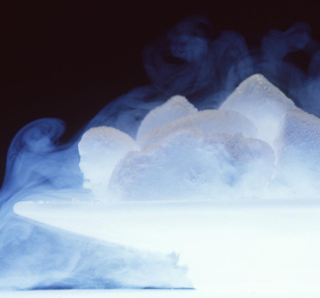 Сублимация и применение сухого льда